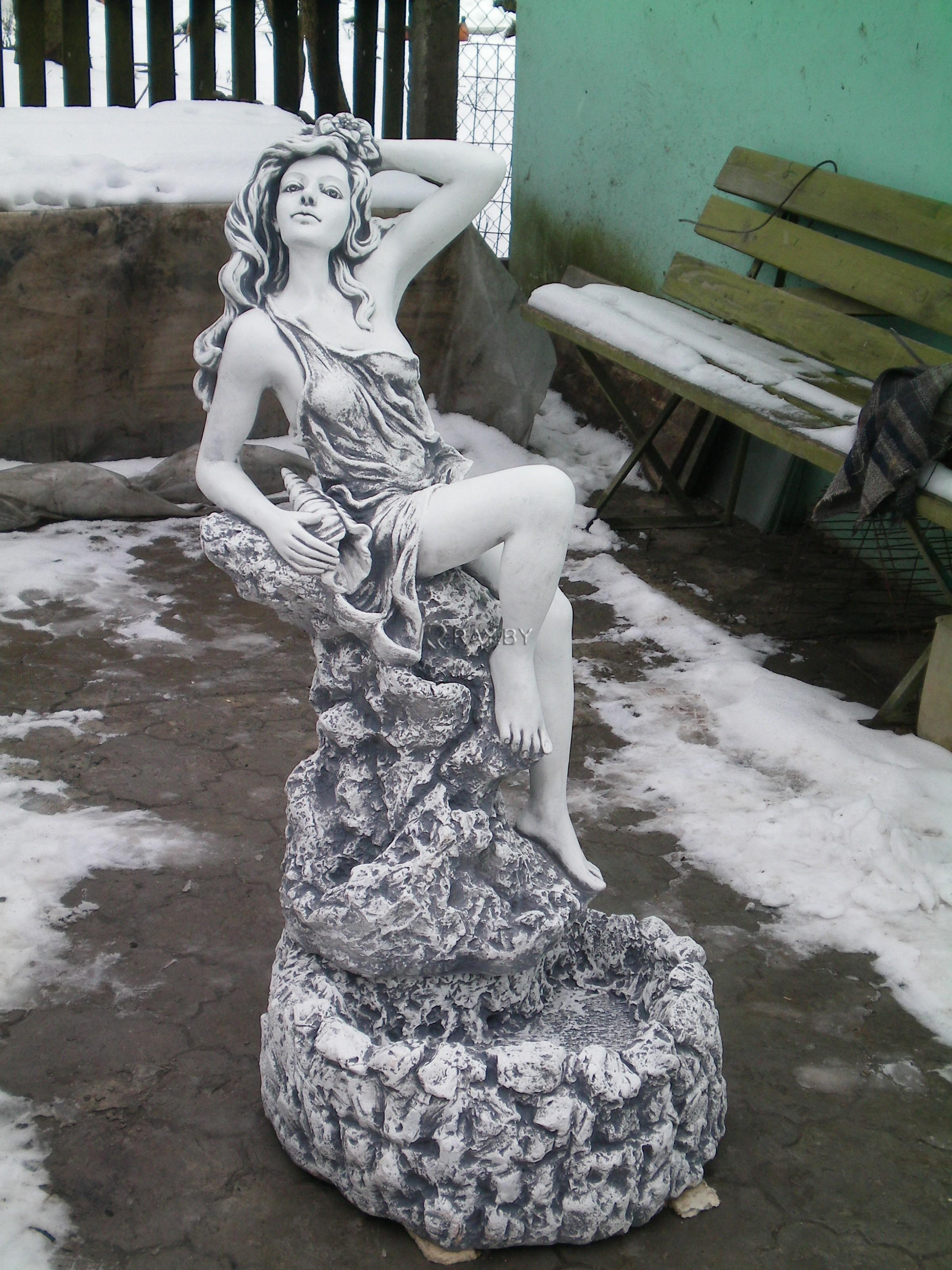 Фонтан Девушка на камне Ф 108 - 2